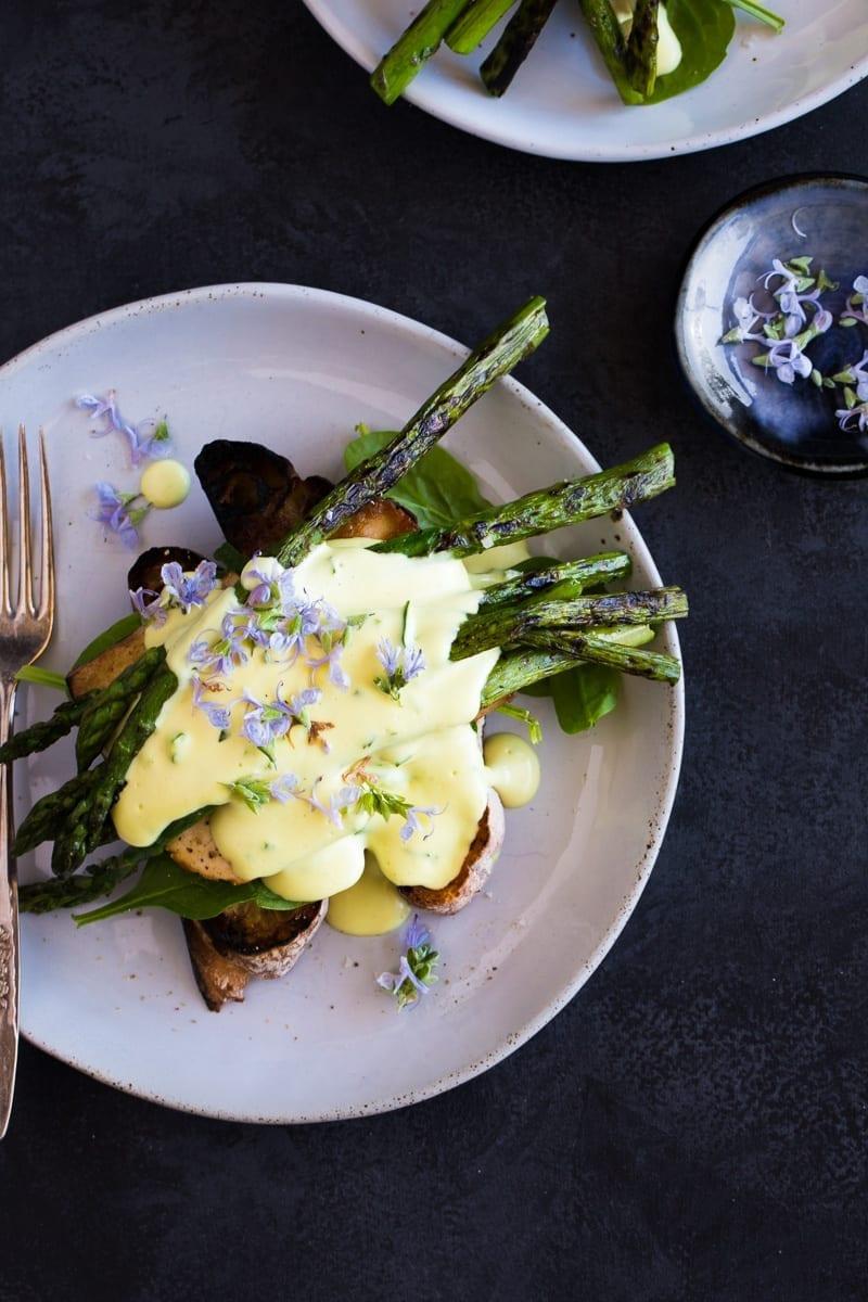 asparagus-tofu-benedict-macadamia-hollandaise-vegan-9-of-3